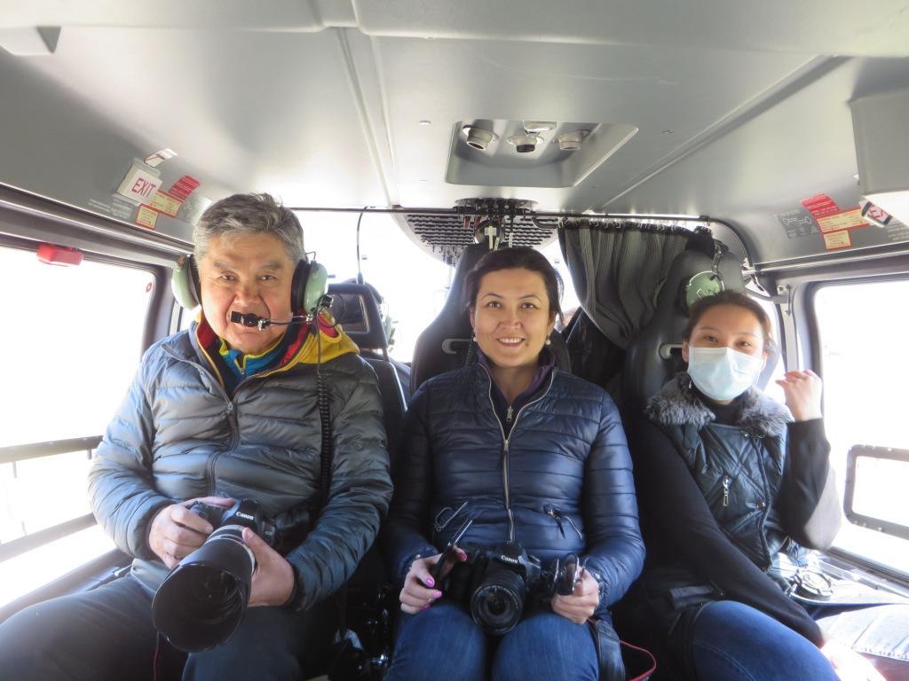 В салоне вертолета
