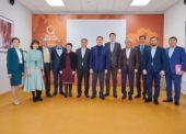 22 февраля 2020 года в офисе QazaqGeography состоялось заседание Управляющего совета QazaqGeography с участием Председателя QazaqGeography, Премьер-министра Казахстана Мамина А.У.